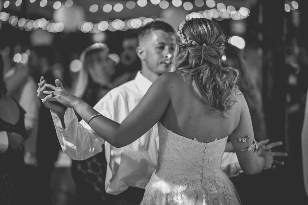 Rosenvale - Te Awamutu - Bride and Groom First Dance